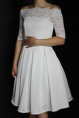 Šaty - Svadobné šaty s motívom pávích perí v midi dĺžke - 9573266_