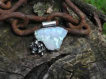 Náhrdelníky - Strieborný prívesok Ag925 Mesačný kameň - 9572958_