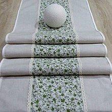 Úžitkový textil - Drobné zelené ružičky na režnej(1) - stredový obrus  (185 cm x 40 cm) - 9571508_