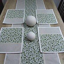 Úžitkový textil - Drobné zelené ružičky na režnej - prestieranie 25x35 - 9573290_