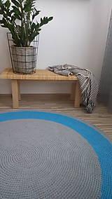 Úžitkový textil - Ručne háčkovaný koberec - šedá, azúrovo modrá - 9572240_