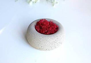Dekorácie - Betónový mini kvetináč s islandským machom - 9574236_