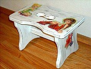 Nábytok - Drevený stolček - 9574295_