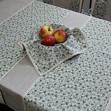 Úžitkový textil - Drobné zelené ružičky na režnej - šerpa naprieč stola 120x36 - 9574168_