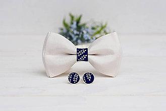 Doplnky - Hodvábny motýlik s modrotlačou (Motýlik s manžetovými gombíkmi) - 9577627_