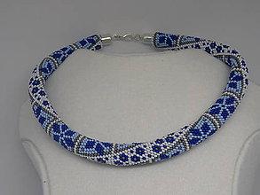 Náhrdelníky - Modrý náhrdelník s kvetinkami - 9581527_