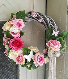 Dekorácie - Vintage ružičkový veniec - 9579819_