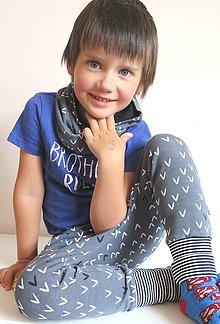 """Detské oblečenie - tepláky z biobavlny """"V"""" - 9581434_"""