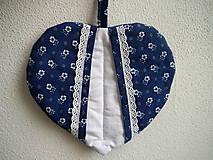 Úžitkový textil - Srdiečková chňapka (modro-biela) - 9581495_
