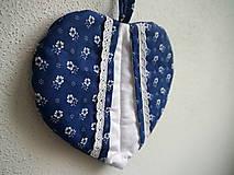 Úžitkový textil - Srdiečková chňapka (modro-biela) - 9581496_