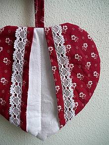 Úžitkový textil - Srdiečková chňapka (červeno-biela) - 9581485_