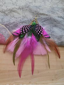 Náušnice - Ružovo-zelené náušnice z peria - 9581108_