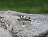 Prstene - Obrúčky tepané s perlou - 9581713_