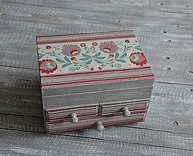 Krabičky - šperkovnica