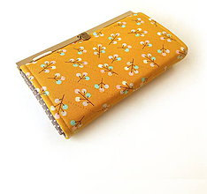 Peňaženky - Peňaženka s priehradkami Vetvičky s plodmi - 9584412_