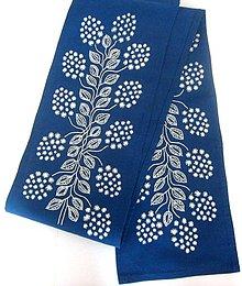 Úžitkový textil - Vyšívaný obrus stredový, 19 x 133 cm, Orgován - 9585883_