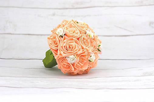 VÝPREDAJ! Saténová kytica marhuľová ruže