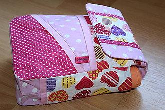 Detské doplnky - ...obal na plienky pre dievčatko... - 9593673_