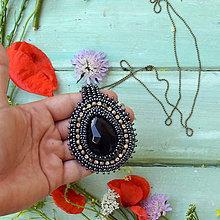 Náhrdelníky - Black&Hematite - šitý náhrdelník - 9591604_