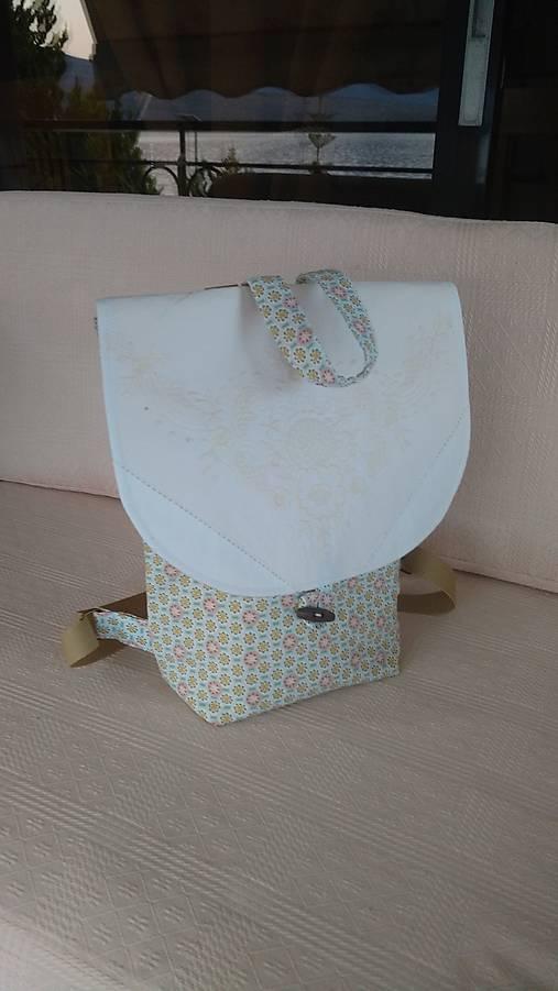 Batoh (backpack) s výšivkou
