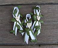 Svadobné pierko zelenô