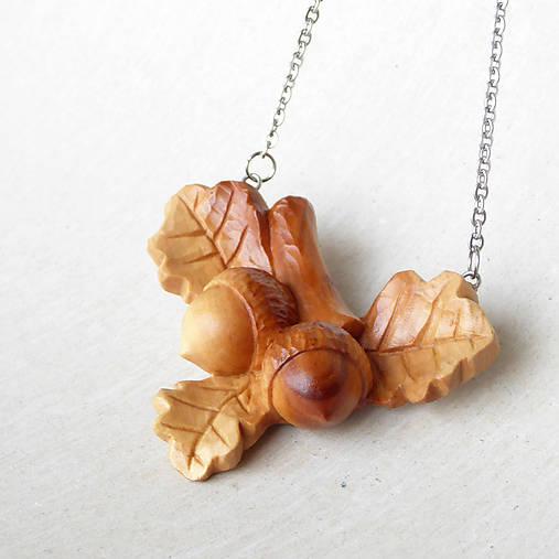 Na dube - drevený prívesok