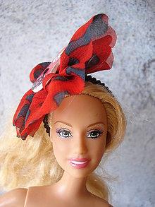Hračky - Barbie gumička- fascinátor červený - 9595271_