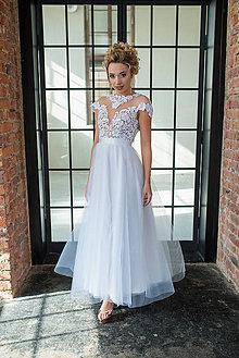 Šaty - Svadobné šaty z hrubej krajky s holým chrbátom - 9596555_