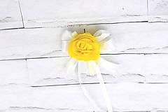 Pierka - Pierko pre ženícha žltá ruža s mašľou - 9595563_