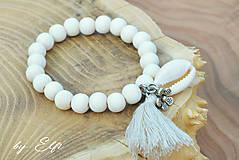 """Náramky - """"Bohochic"""" náramky z drevených korálok (maslová farba) (béžový strapec,kvetinka) - 9598950_"""