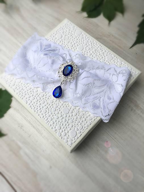 Jednoduchý svadobný podväzok  (Kráľovská modrá brošňa)