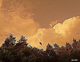 Fotografie - V oblakoch - 9601775_