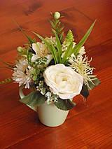 Dekorácie - Zeleno-biela dekorácia v hrnčeku aj pre učiteľku - 9602186_