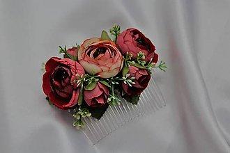 Ozdoby do vlasov - Kvetinový hrebienok bordové pivónie - 9604691_