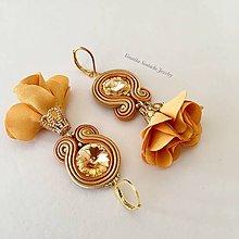 Náušnice - Ručne šité šujtášové náušnice / Soutache earrings with flower tassels & Swarovski®️crystals (Toscana - oranžová/meď) - 9605118_