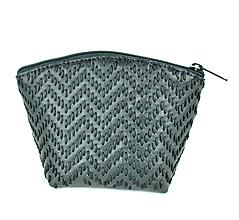 Taštičky - Kožená ručne vyšívaná kozmetická taštička v čiernej farbe - 9604869_