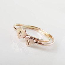 Prstene - Spolu_Sme (m)iní (Zlatý dvojprstienok so srdiečkami ako na obrázku) - 9603155_