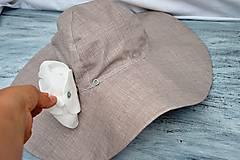 - Odopínací kvietok na klobúk - 9609685_