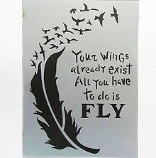 Pomôcky/Nástroje - Šablóna Stamperia - 15x20 cm - krídlo, pierko, vtáčiky, let - 9614096_