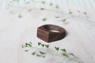 Prstene - Drevený prsteň (Orech Čierny) - 9614973_