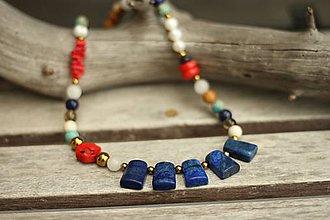 Náhrdelníky - Náhrdelník z minerálov lapis lazuli, korál, jaspis, regalit, jadeit - 9615013_