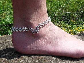 Iné šperky - Jemný nákotník s motýlkem - 9616840_