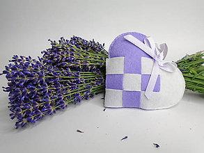 Dekorácie - Voňavé levanduľové srdiečko - 9616227_