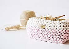 Košíky - Pletený košík štvorcový - ružový/prírodný - 9616836_