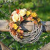 Dekorácie - Letný veniec s ružami - 9620197_
