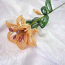 Dekorácie - Korálkové lilie - lososová - 9621939_