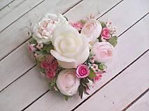"""Dekorácie - Kvetinový aranžmán a svietnik v tvare srdca  """"... srdiečko pre Teba..."""" - 9620810_"""