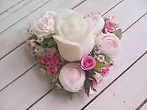"""Dekorácie - Kvetinový aranžmán a svietnik v tvare srdca  """"... srdiečko pre Teba..."""" - 9620812_"""