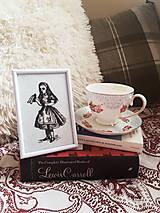 Obrázky - 'Drink me' Alice in wonderland - 9622152_