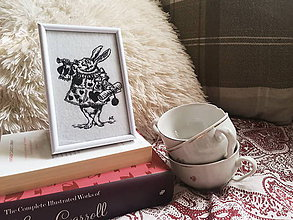 Obrázky - 'The White Rabbit' Alice in wonderland - 9622140_